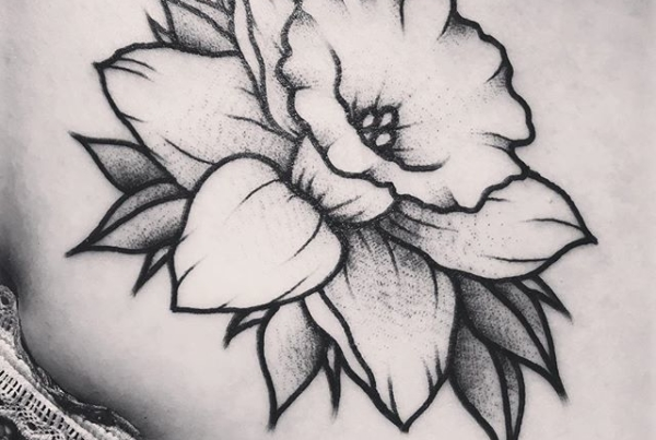 Cute lil daffodil for Christine 🙌🏼#smokemdead #steadfasttattoo . . . . . ((¥)) #daffodiltattoo #tattoos #btattooing #blackworkerssubmission #iblackwork #blackwork #blackworkers #inkstinctsubmission #blacktraditionals #BLACKTATTOOMAG #blxckink #tttism #TTTpublishing #greatattoo #blackflashwork #TattooLife #darkartists #blackworkershero #wiilsubmission #traditionaltattoo #onlythedarkest #blackandgrey #occultarcana #tattoolife #oldlines #TAOT #nowash #FORMink